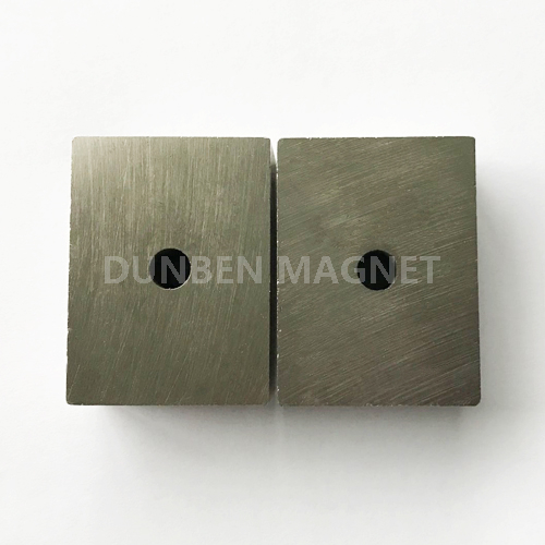 Permanent AlNiCo 5 block magnet for magnetic chuck